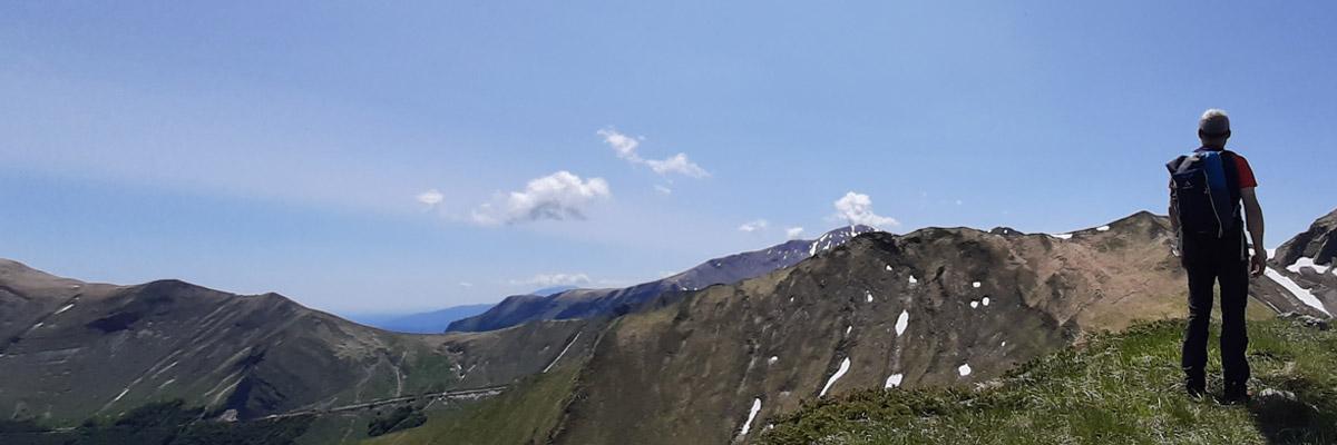 Panorama da Punta Bambucerta in direzione del Rifugio del Fargno